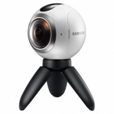 Камера Samsung Gear 360